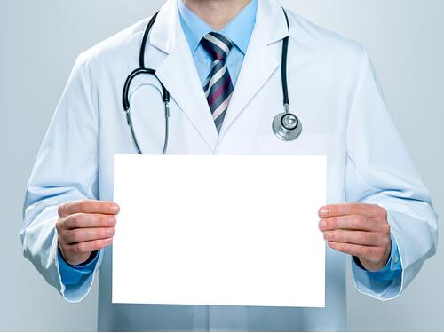 doctor-with-a-blank-white-banner-picture